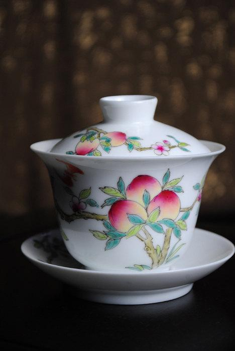 1 Hand-Painting Famille Rose Porcelain Gaiwan/Tea Bowls Chinese Famille Rose Porcelain Porcelain Tea Set Chinese Style Ceramic Teaware