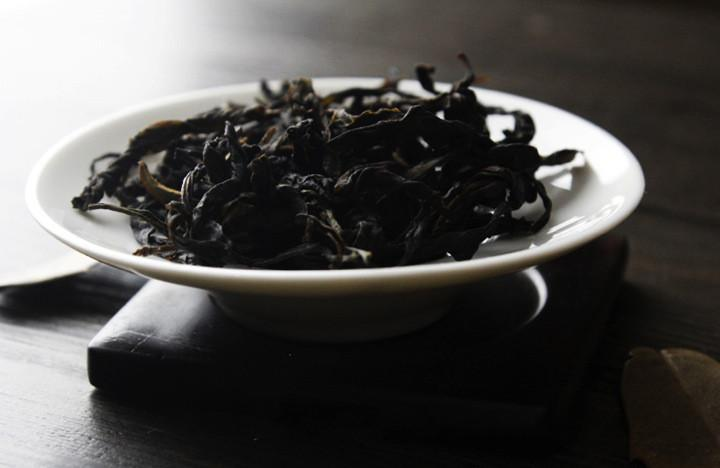 Wild-Grown White Leaves Tea Lingtou Tea Dancong Tea Of Phoenix Dancong Tea